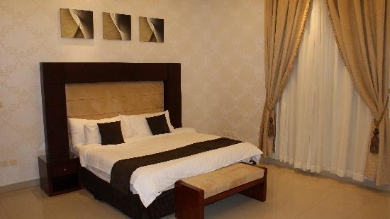 Rest Inn Hotel Suites Riyadh: King Size Room