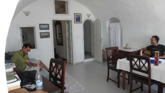 Chelidonia Traditional Villas: Inside villa