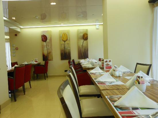 Ramada Beirut Downtown: Dining here was great