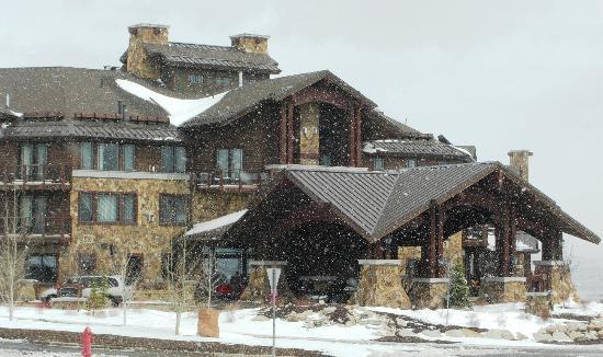 والدورف إستوريا بارك سيتي: Hotel exterior