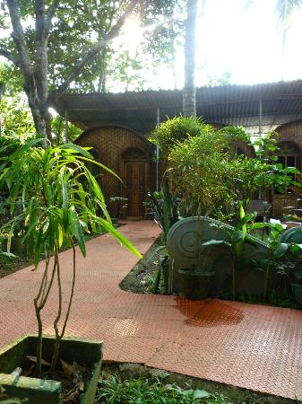 Gowri Residence: bungalows