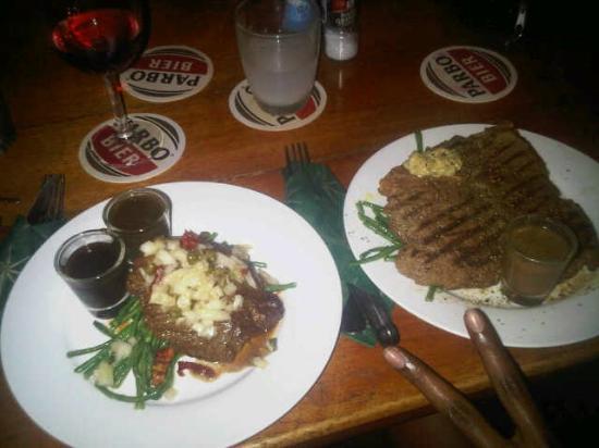 Restaurant JiJi's: porterhouse y T-bone steak
