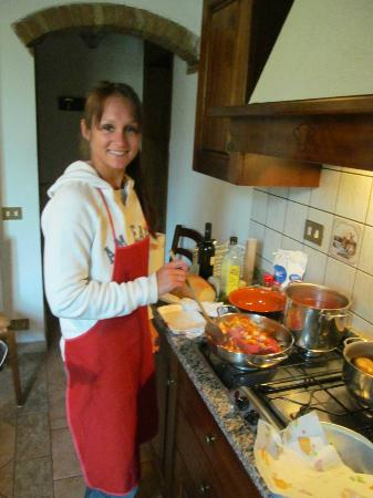 Residence Santa Maria : We learned how to make a rustic traditional Italian meal.