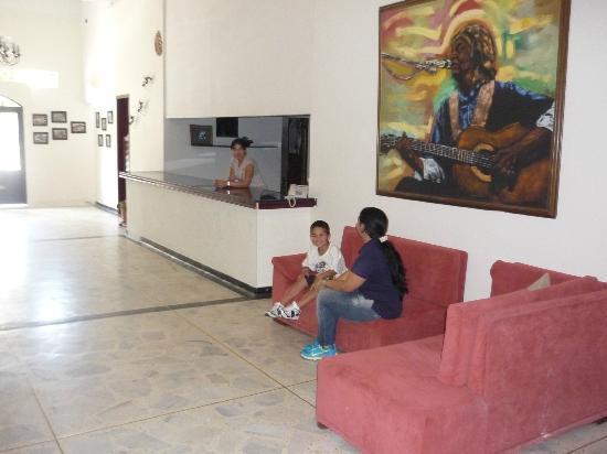 San Fernando: tiene un salon amplio y espacioso