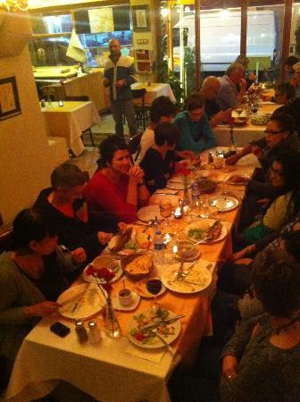 Aker Cafe Restaurant: dıne