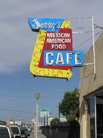 Jerry's Cafe - Don't Miss It
