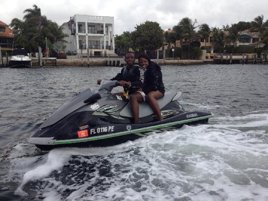 Jetski Tours Of Miami: Infront Of Lebron James House.