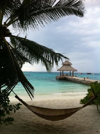 Baros Maldives: deck de chegada ao hotel