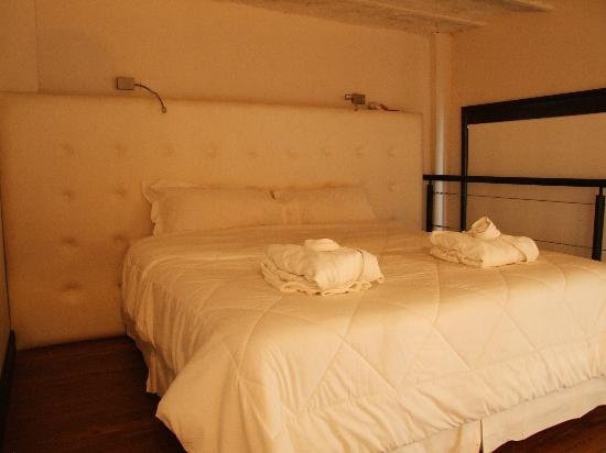 Sagardi Loft Osteria : Bed and nothing else!