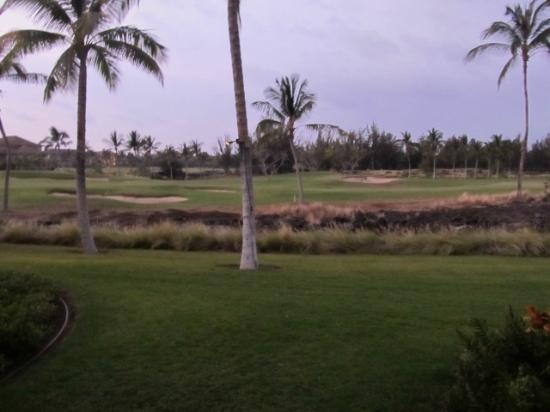 Outrigger Waikoloa Beach Villas: view of golf course from lanai/kings shops left side in distance