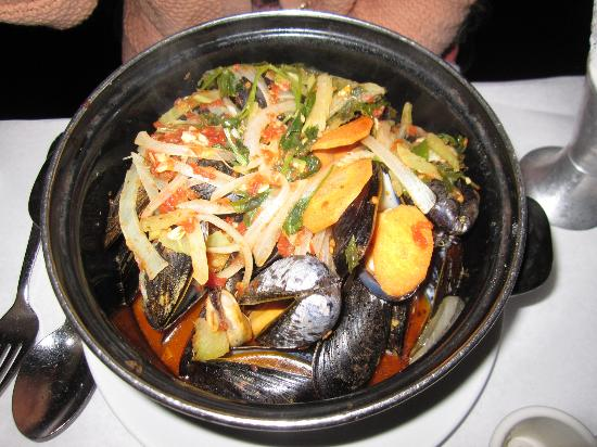 B. Cafe East : Mussels in White Wine and Garlic