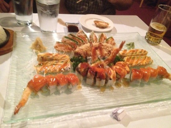 Ai Sushi & Grill: 6 of our rolls!