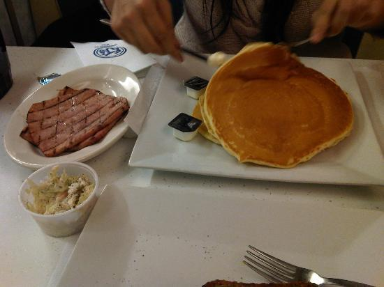 EJ's Luncheonette : Pancakes with Country Ham