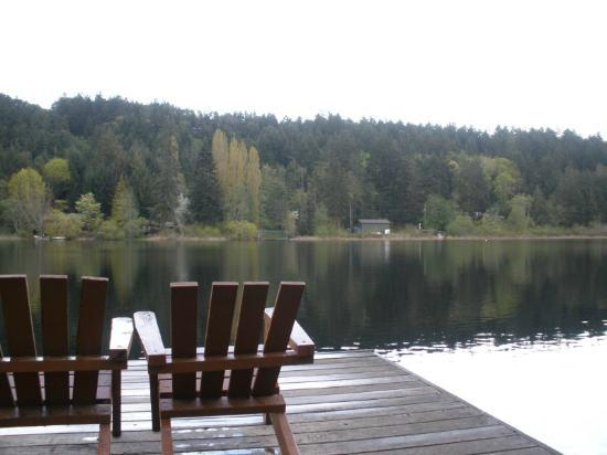 Cusheon Lake Resort: Serene!