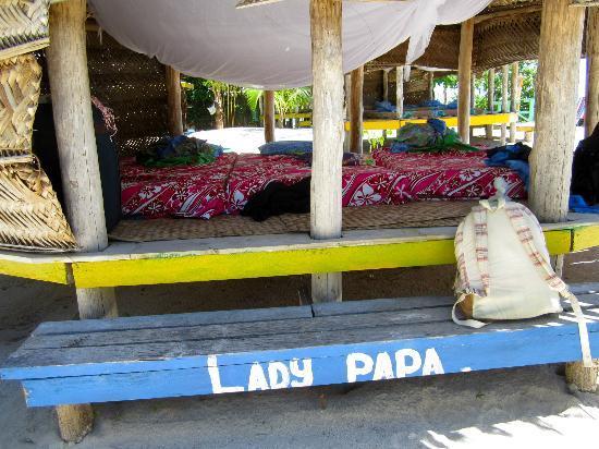 Tanu Beach Fales: Beach fale