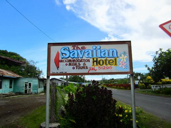 The Savaiian Hotel: another road sign