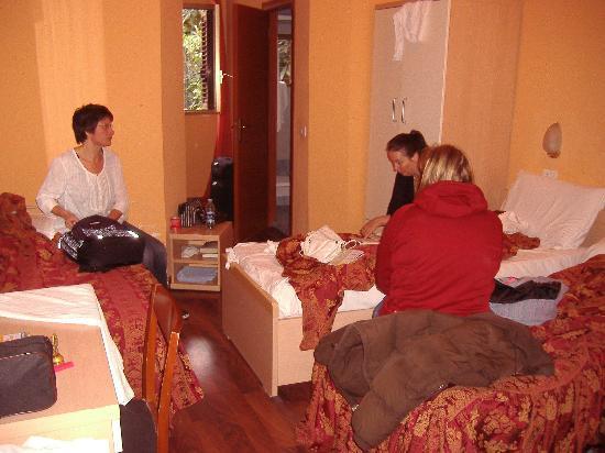 Hotel Sabatino : 4 personers værelse