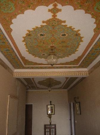 Hotel Anuraag Villa: corridor