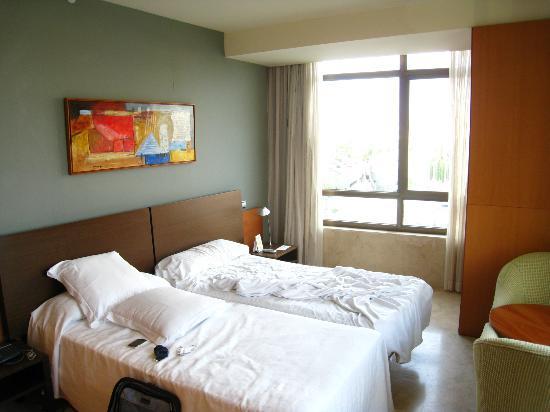 Gran Hotel Torre Catalunya: Lovely bedroom
