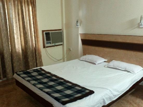 Sun Sea Resort : THE EXECUTIVE ROOM-302