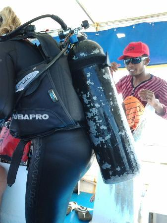 Big John Scuba - Day Dives: so heavy ><