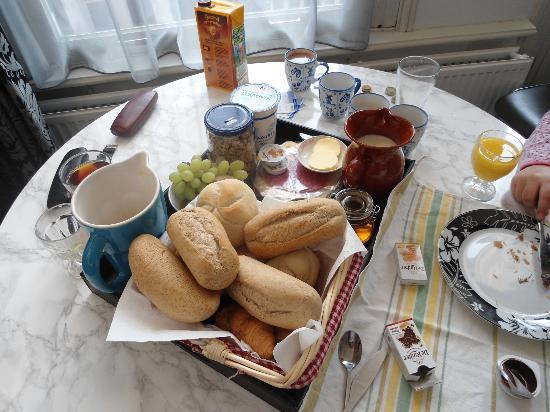 The Vondelpark Suites: our breakfast