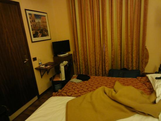Le Boulevard Hotel: small and cosy room
