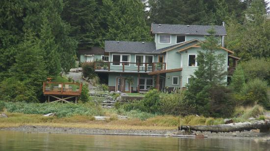 Majestic Ocean Bed and Breakfast: View from the inlet
