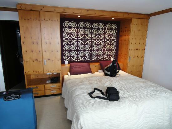 Hotel Mirabeau: nice and big bedroom