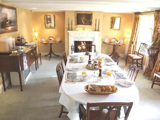 Mickley Bed and Breakfast: The dining room