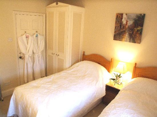 Mickley Bed and Breakfast: The Blue Room