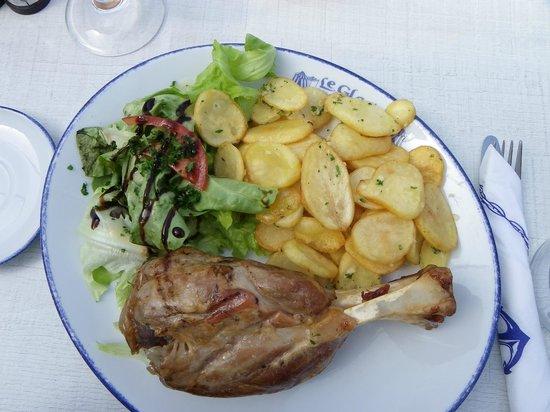 Jarret de porc picture of le glacier dinard tripadvisor - Cuisiner le jarret de porc ...