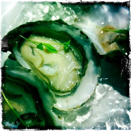 Sole Restaurant & Bar: oysters