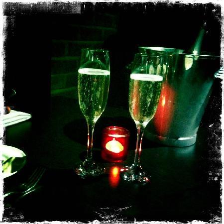 Sole Restaurant & Bar: prosecco