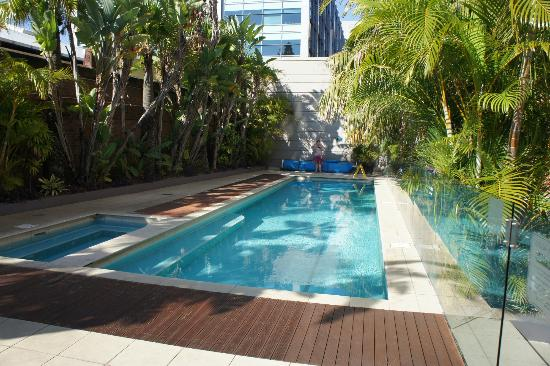 Adina Apartment Hotel Sydney Central: Pool