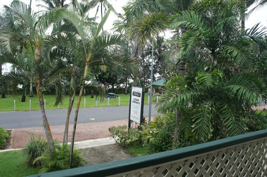 Beachfront Terraces: see the sign says Terrace, NOT 'Beachfront terrace' or 'Beaches'