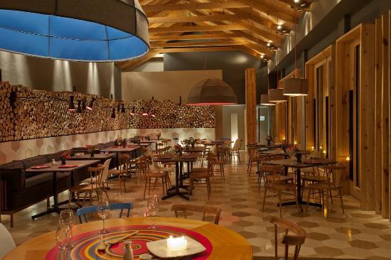 Hotel Bo: Restaurante LUM