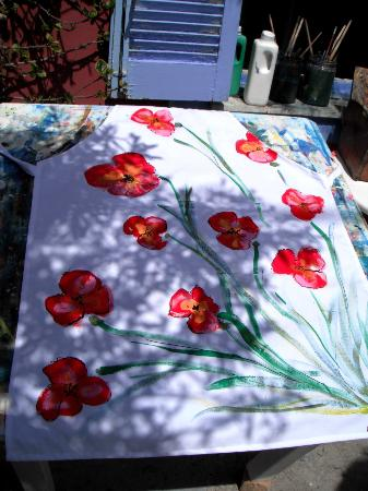 Aegean Designs: Apron with poppy flowers