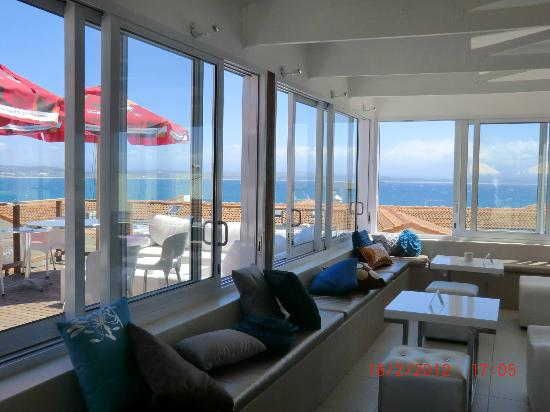 Protea Hotel by Marriott Mossel Bay: Verglaste Bar