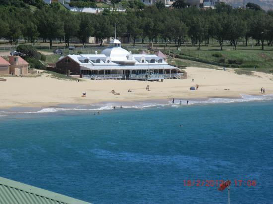 Protea Hotel by Marriott Mossel Bay: Blick zum Strand