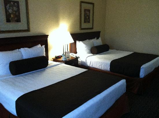 Best Western Plus Fort Lauderdale Airport/Cruise Port: Two Queens