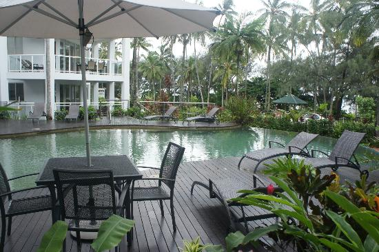 Beaches Port Douglas: poolside