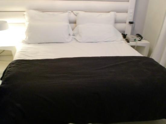 Hotel Pilar Plaza: supercama muy cómoda