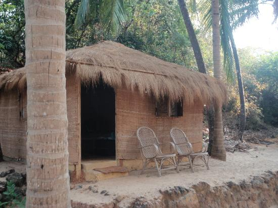 Dwarka Eco Beach Resort: our hut