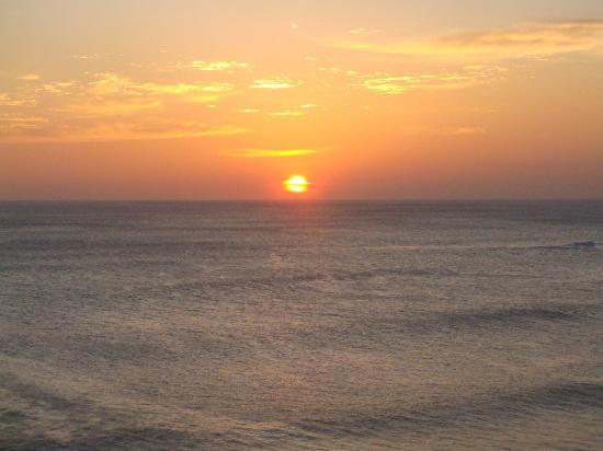 Soma Surf Resort: Sunset from Local Surf Hostel