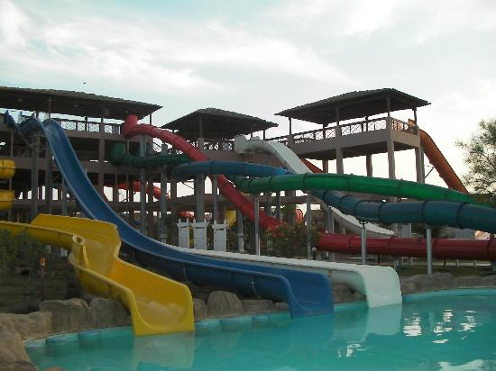 Jungle Aqua Park: water slides