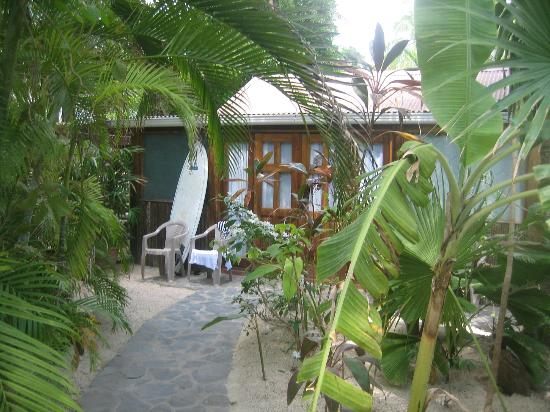 Hotel RipJack Inn: Bungalow - outside view