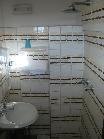 Hotel Peselli: il bagno minuscolo