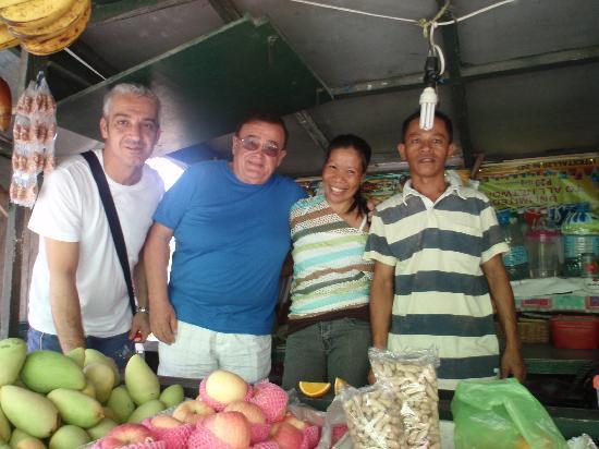 Il Sogno: al mercato di MoalBoal con Franco