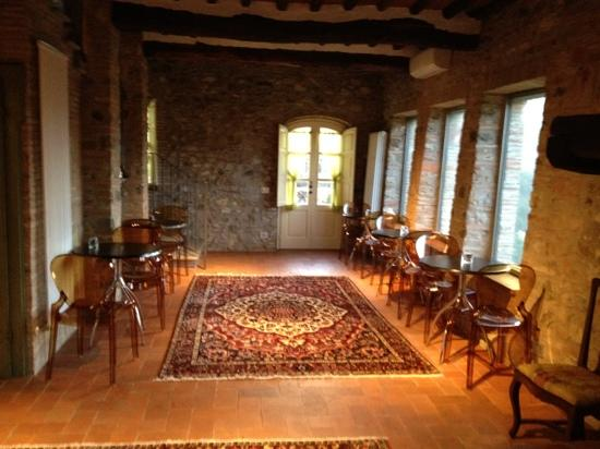 Castello di Mammoli: colazioni